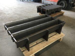 Anodeformer klare for flytende aluminium